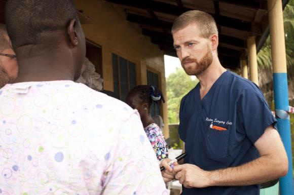 Public safe as two Americans treated for Ebola released from hospital: doctor